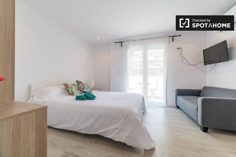 Cosy studio apartment for rent in El Pla del Real, Valencia