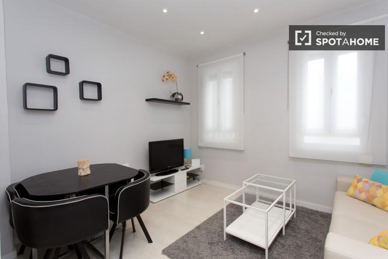 Innen-2-Zimmer-Wohnung zur Miete in Atocha, Madrid