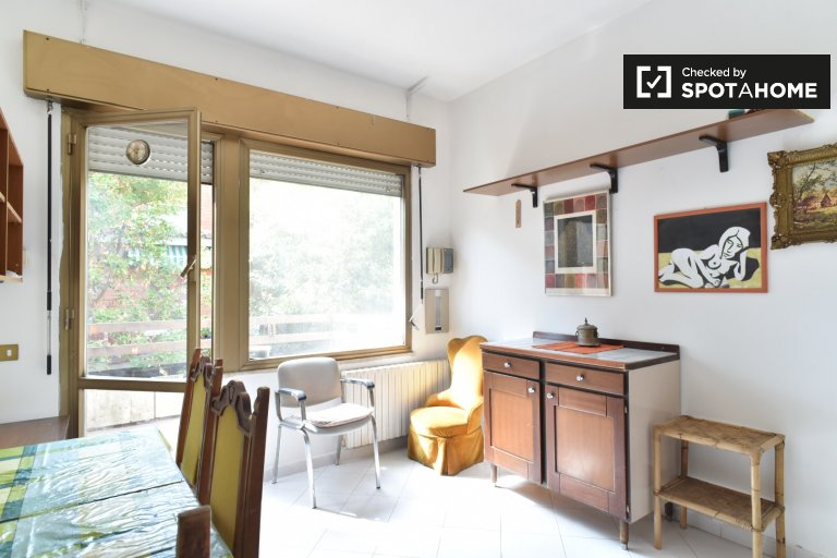 1-bedroom apartment with terrace for rent in Labaro, Rome
