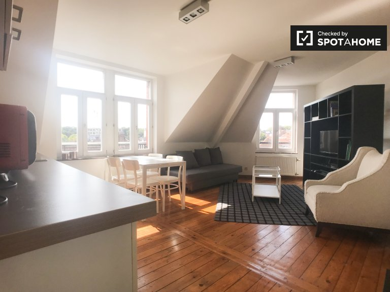Appartamento in affitto 2 camere da letto - Woluwe-Saint-Pierre, Bruxelles