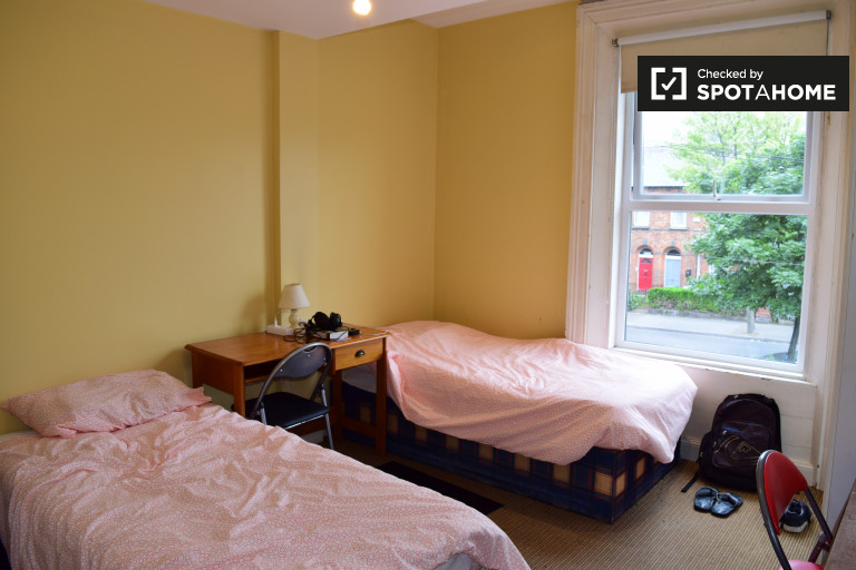 Intimate room in shared apartment in Drumcondra, Dublin