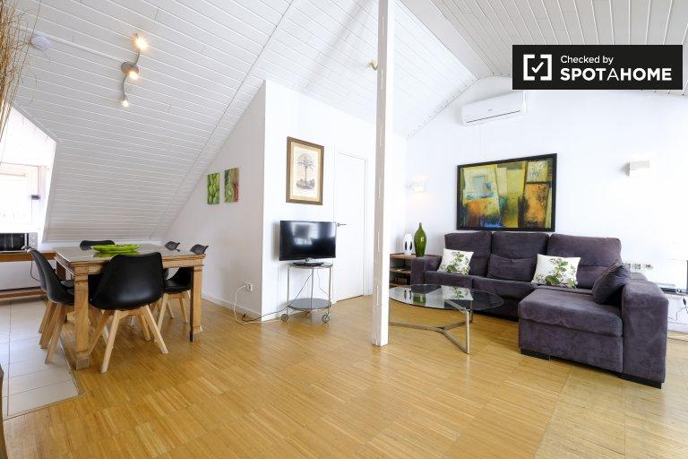 Geräumige 3-Zimmer-Wohnung zur Miete in Centro, Madrid