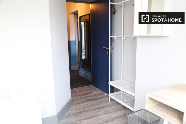 Quartos para alugar em apartamento de 4 quartos em Whitehall, Dublin