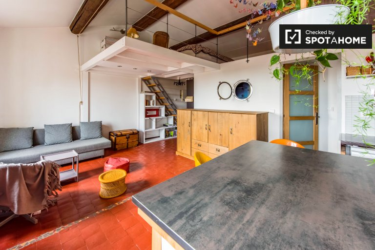Cozy 2-bedroom apartment for rent on Croix-Rousse Slopes