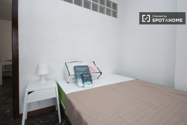 Bedroom 1 - Single bed, private terrace