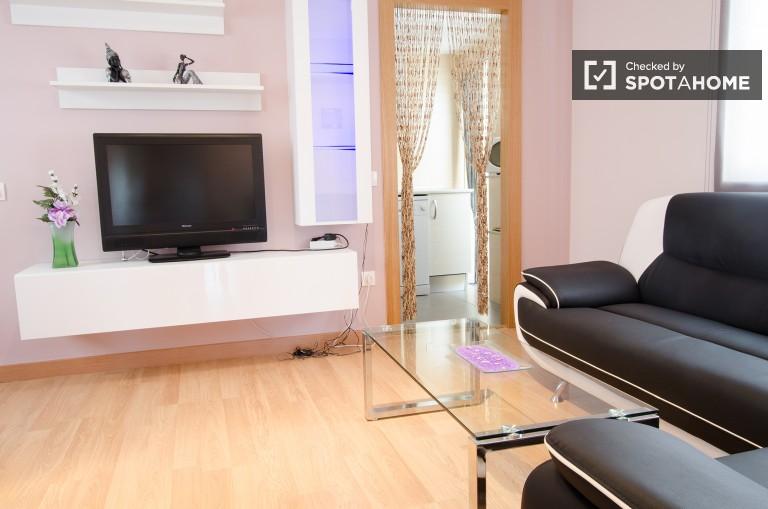 Nowoczesne 3-pokojowe mieszkanie do wynajęcia w Walencji
