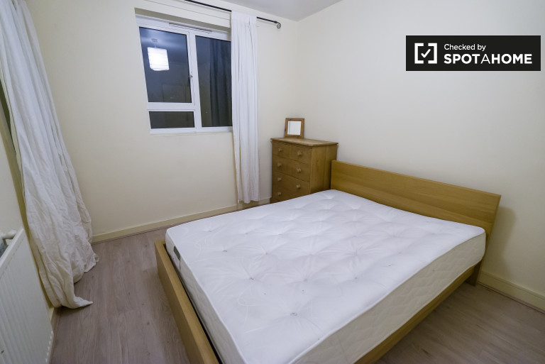 Bedroom 3 - couple-friendly with double bed