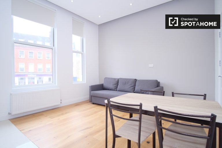 Stylish 1-bedroom apartment to rent in Fulham, London