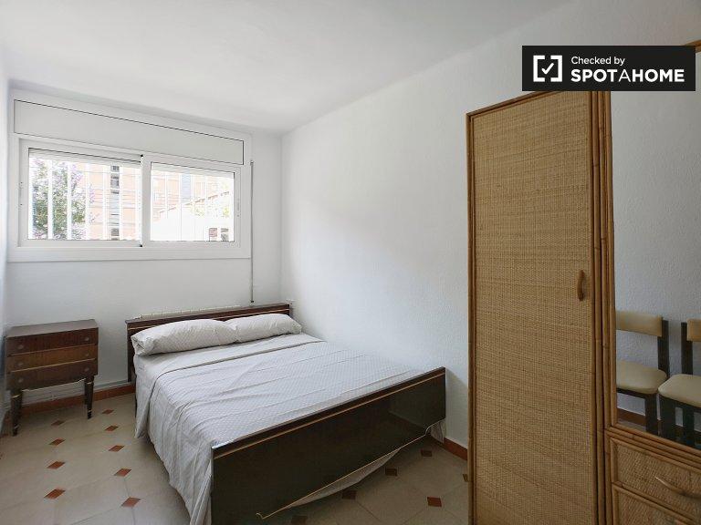 Habitación simple para alquilar en apartamento de 3 camas, Poblenou, Barcelona