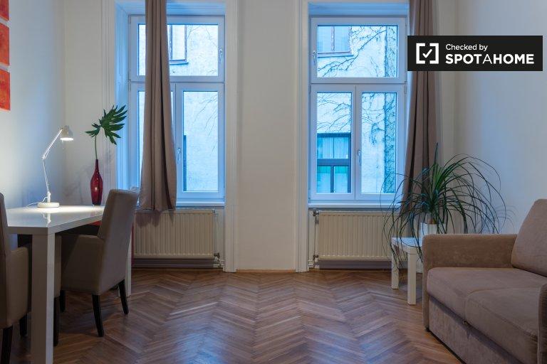 Cozy studio apartment with loft bed for rent in Leopoldstadt