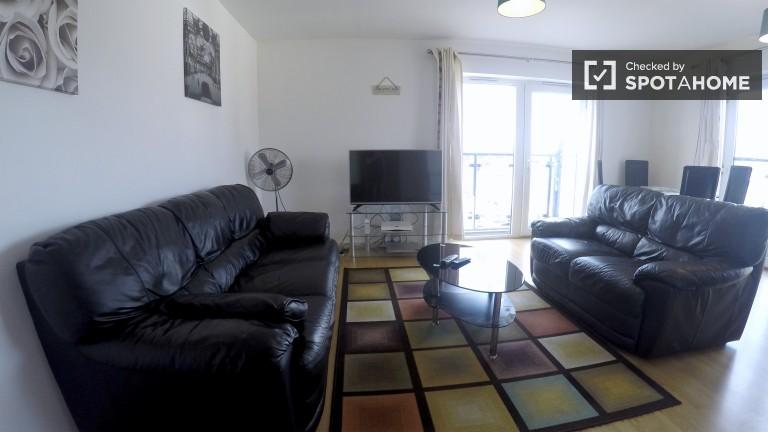 Geräumige 2 Schlafzimmer, 2 Bäder Wohnung zur Miete in Leytonstone, London