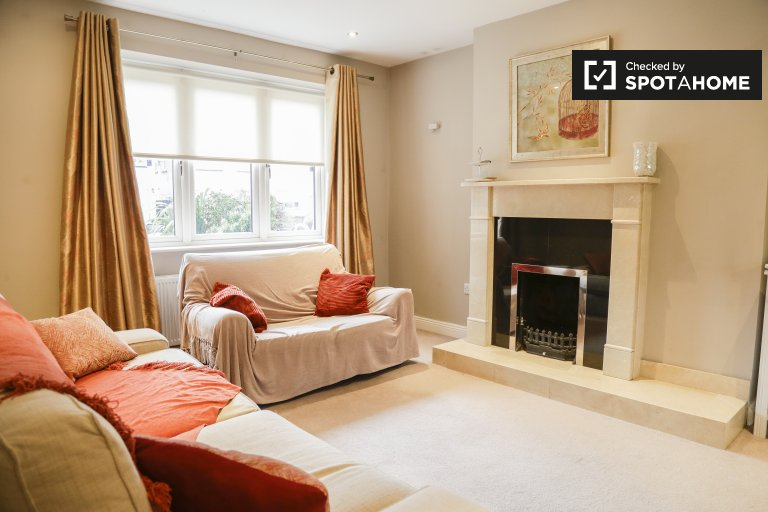 Appartamento con 3 camere da letto in affitto a Tallaght, Dublino