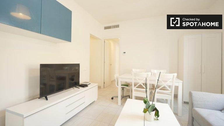 Luminoso apartamento de 4 dormitorios en alquiler en El Born, Madrid
