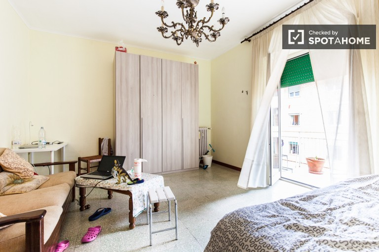Bedroom 4, couple-friendly with double bed and balcony