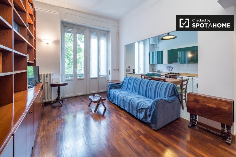 Cozy 1-bedroom apartment for rent in Isola, Milan