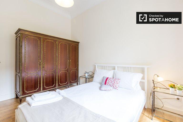 Rooms for rent, 3-bedroom apartment, São Domingos de Benfica