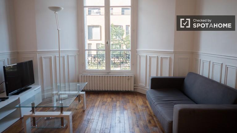 Elegante appartamento con 2 camere da letto in affitto a Vaugirard, Parigi 15