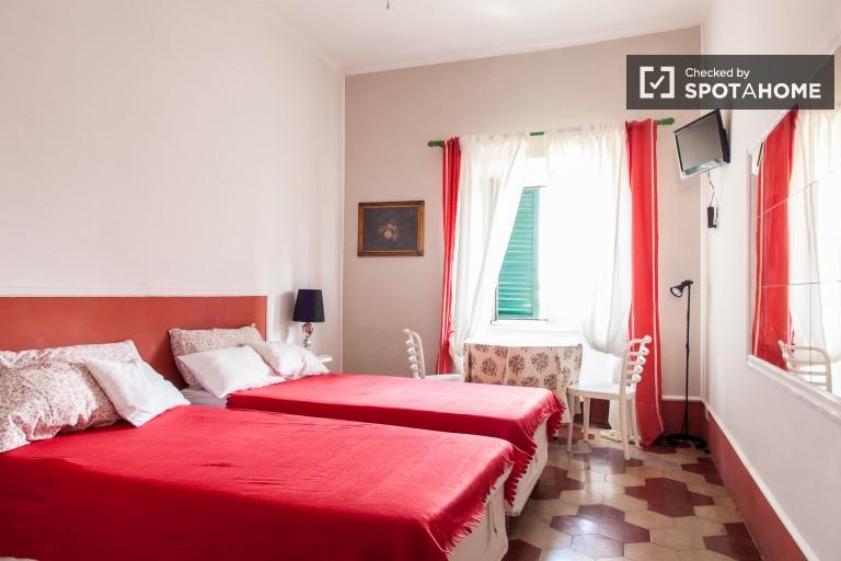 Bedroom 3 - Twin Beds