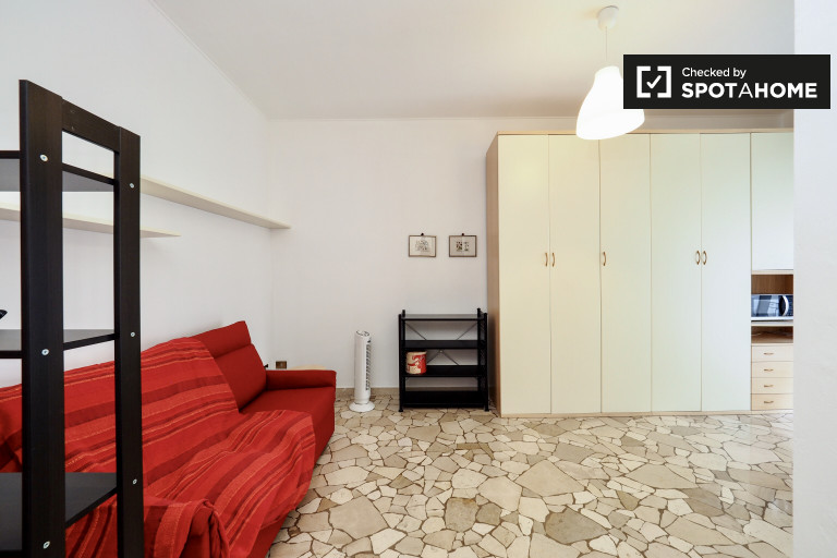 Newly-renovated studio apartment for rent in Navigli