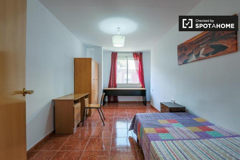 Encantadora habitación en alquiler en Algirós, Valencia