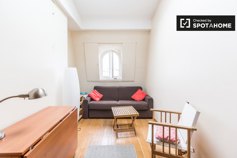 Chic 2-bedroom apartment for rent in 5th arrondissement