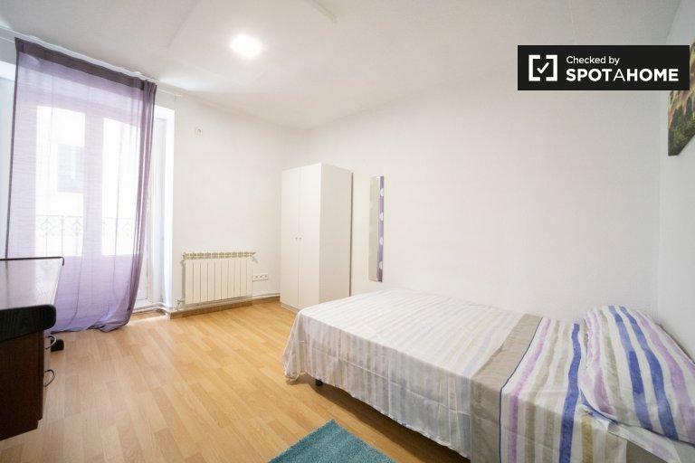 Zimmer zu vermieten, riesige 11-Zimmer-Wohnung, Centro, Madrid