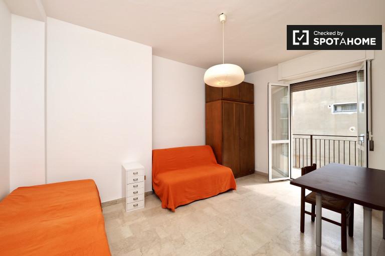 Bedroom 2 - single beds