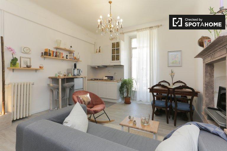 Appartamento con 2 camere da letto in affitto a Loreto, Milano