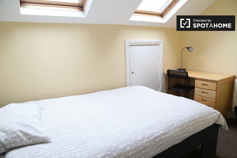 Tolles Zimmer in einer Wohngemeinschaft in Drumcondra, Dublin
