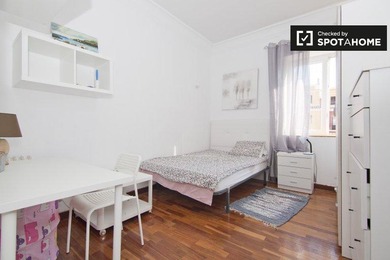 Bedroom H2 - Double Bed