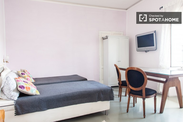 Bedroom 1 - Three Single Beds