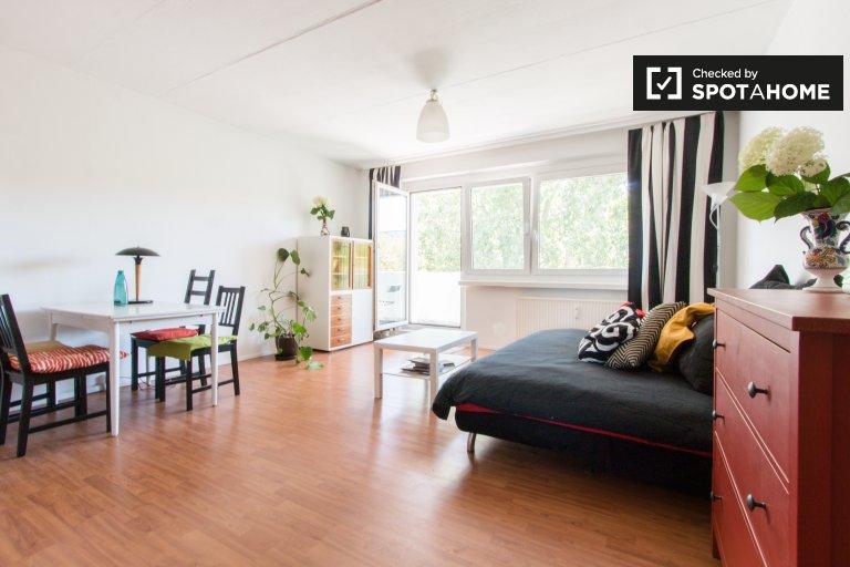 Apartamento de 2 quartos para alugar em Lichtenberg, Berlim