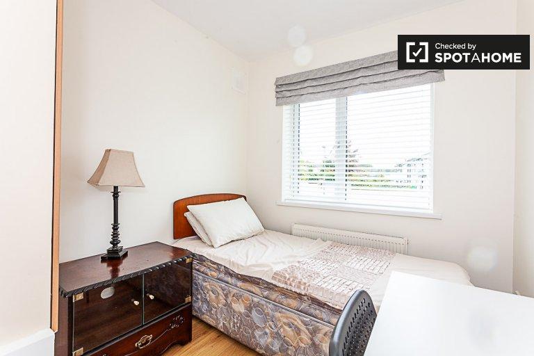 Zimmer zu vermieten in süßen 3-Zimmer-Haus, Melrose Park, Dublin