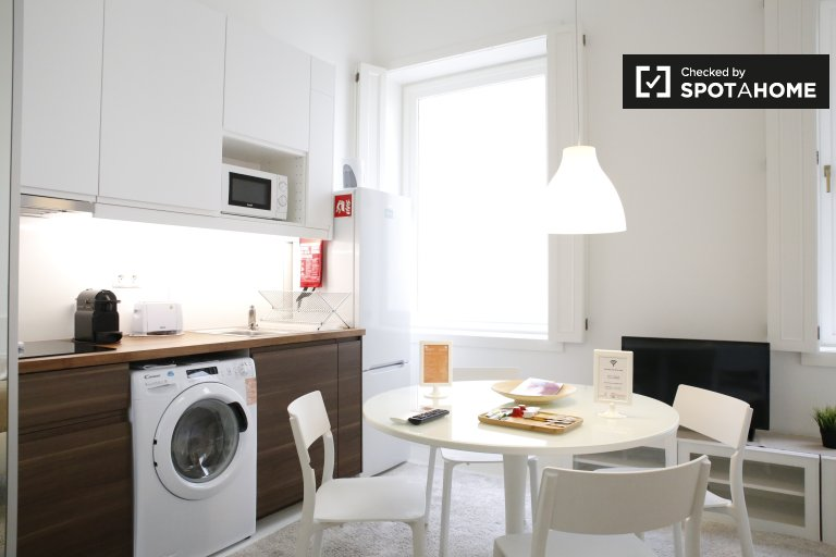 Stylish studio apartment for rent in Chiado, Lisbon
