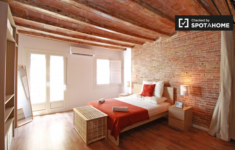 Studio apartment for rent in El Raval, Barcelona
