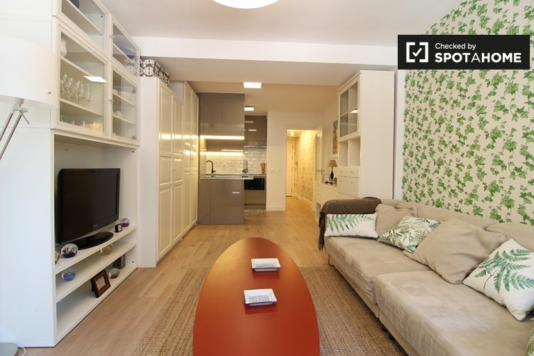 Nowoczesny apartament typu studio do wynajęcia w Arganzuela, Madryt