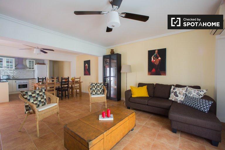 Quatre Carreres, Valensiya'da kiralık 3 odalı daire