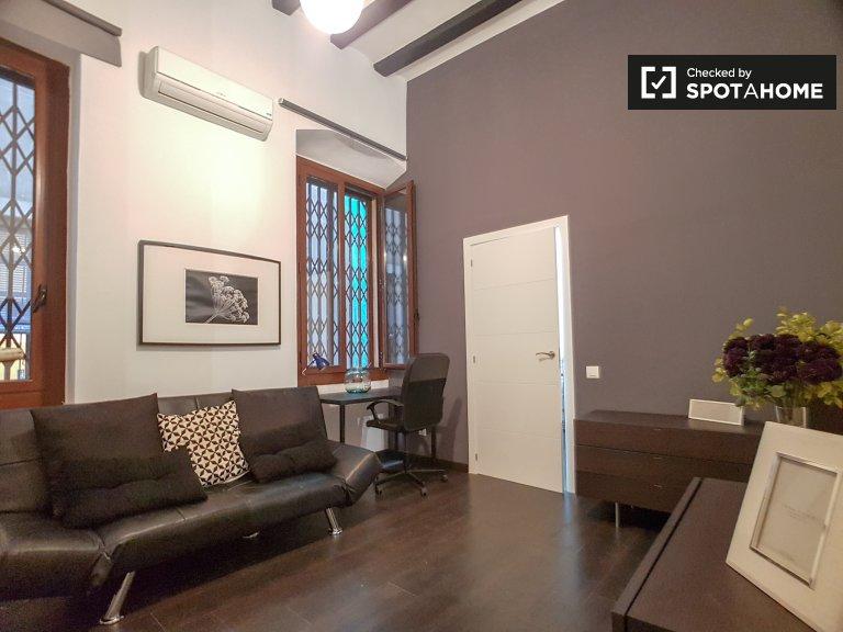 1-pokojowe mieszkanie do wynajęcia w Barri Gòtic, Barcelona