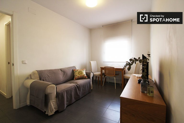 Stylish 3-bedroom apartment for rent in Tetuán, Madrid