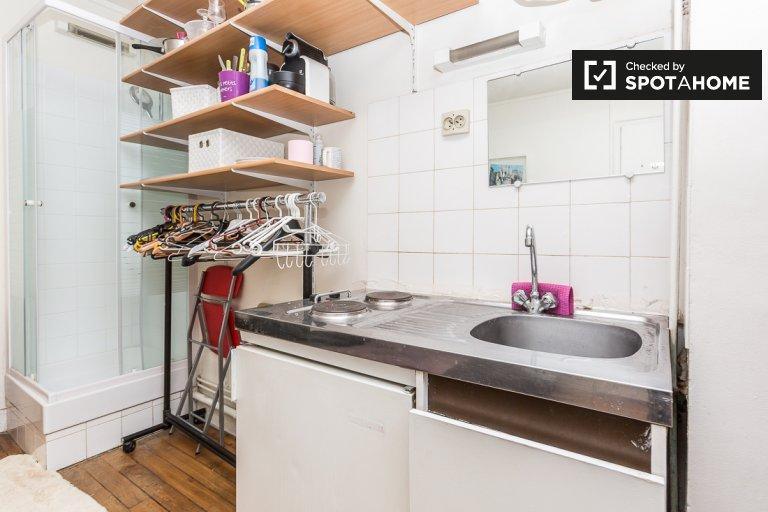 Cozy studio apartment for rent in 17th arrondissement, Paris