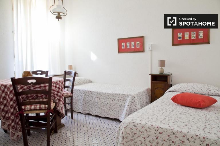 Charming 1-bedroom apartment for rent in Trastevere, Rome