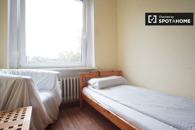 Zimmer in 3-Zimmer-Wohnung in Tempelhof-Schöneberg