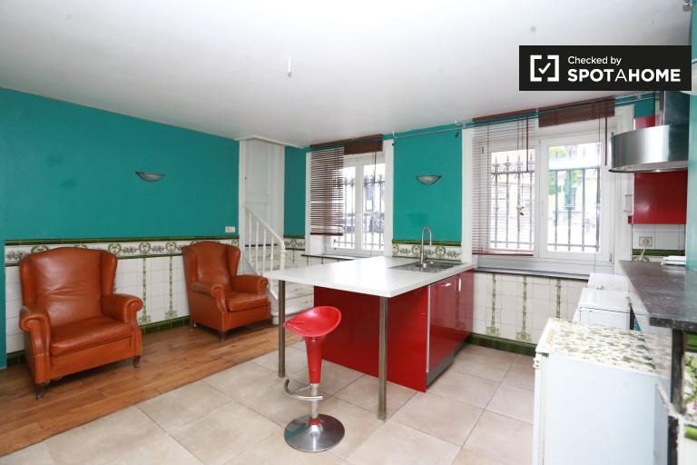 apartamento de 1 dormitorio en alquiler en Saint-Gilles, Bruselas
