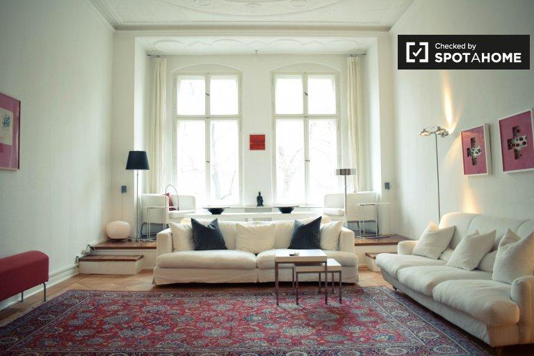 Apartamento de 2 habitaciones en alquiler en Tempelhof- Schöneberg