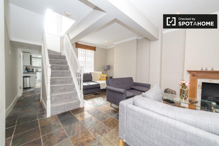 Schöne 4-Zimmer-Wohnung zur Miete in Camden Town, London