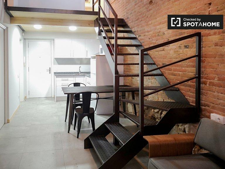 Apartamento de 4 dormitorios en alquiler en El Clot, Barcelona