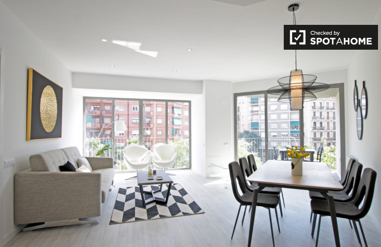 Stylish 3-bedroom apartment for rent in Eixample, Barcelona