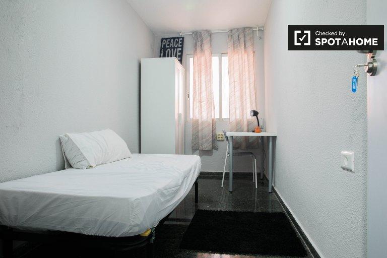 Bedroom 1 - single bed