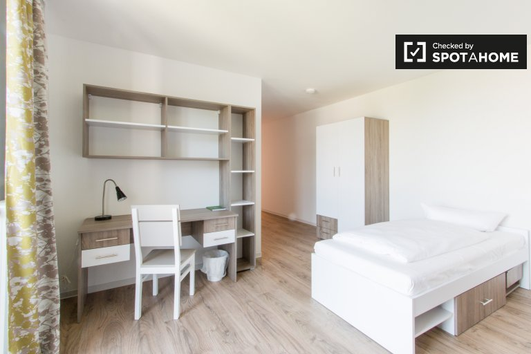 Beautiful studio apartment for rent in Lichtenberg, Berlin