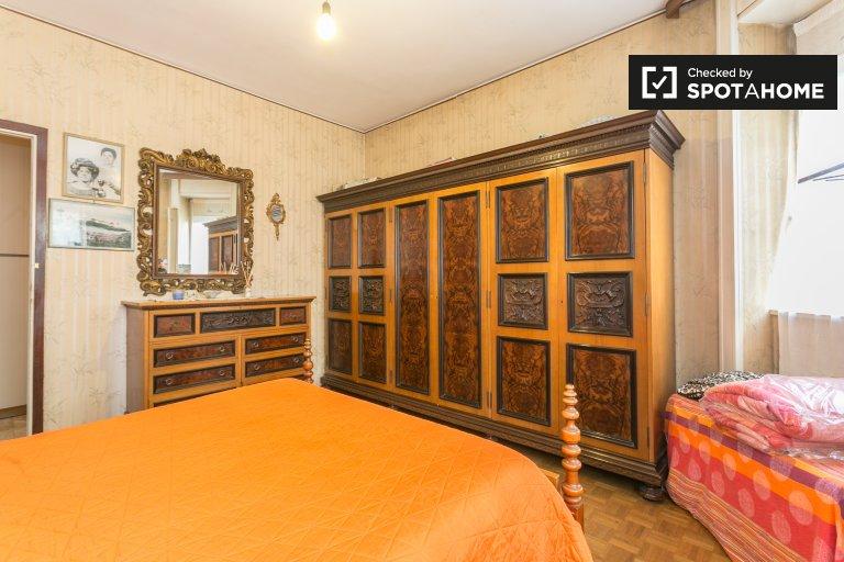 Stupendo appartamento di 3 camere da letto a Turro, Milano